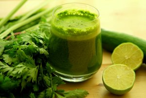 this-powerful-green-drink-combined-with-exercise-will-help-you-to-lose-weight-very-fast